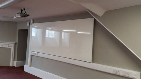 School Classroom Whitewall and Projector Installation